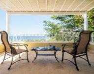 Silverback_veranda